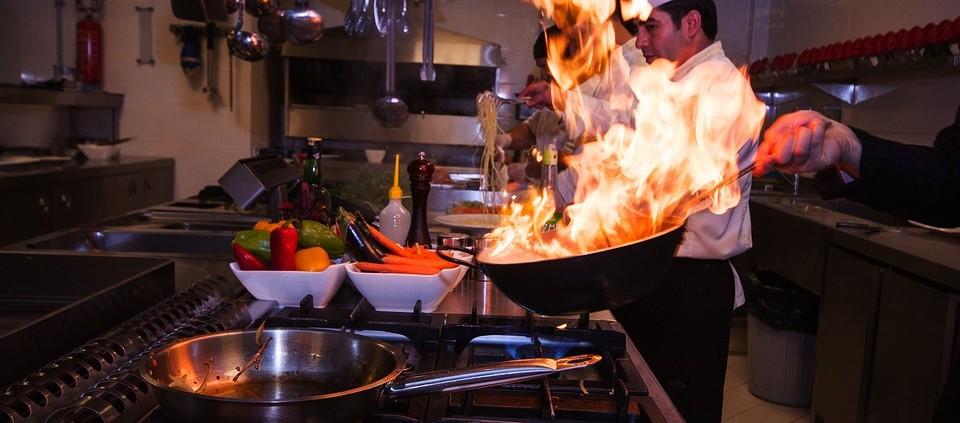 Tagrisk Insurance Services - Restaurant Safety Burns Fire Flames in Kitchen